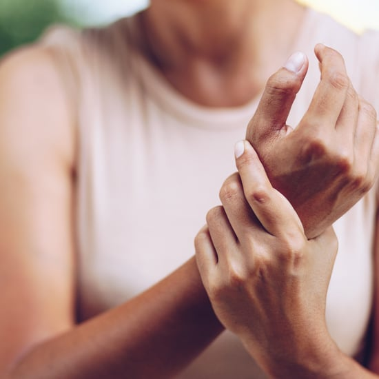 How to Treat Mother's Wrist and Mother's Thumb