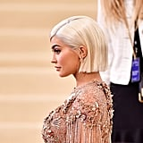 Kylie Jenner With Blond Blunt Bob in 2017