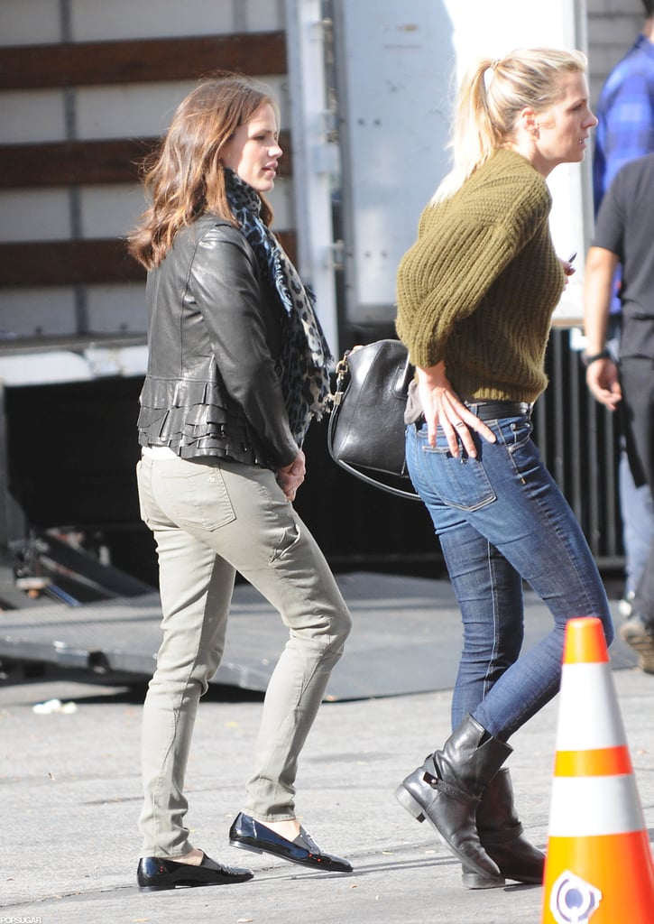 Jennifer Garner paired her green pants with a leather jacket to stop by a studio in LA.