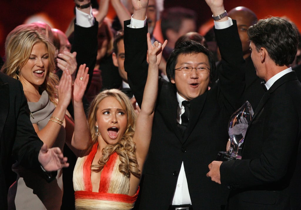 The cast of Heroes celebrated their favorite new TV drama win in 2007.