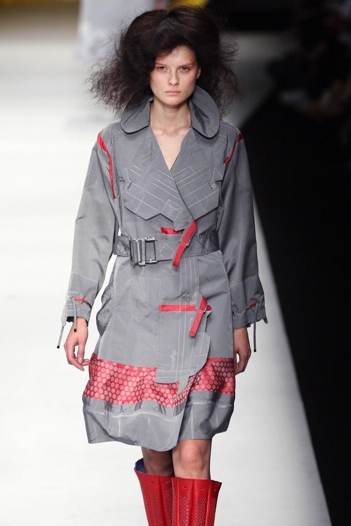 Issey Miyake Spring 08 Fashion Show