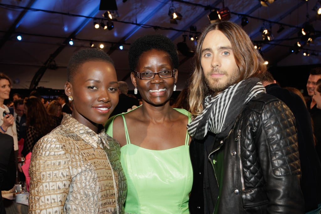 Lupita Nyong'o posed for a snap with her mom, Dorothy, and Jared Leto.