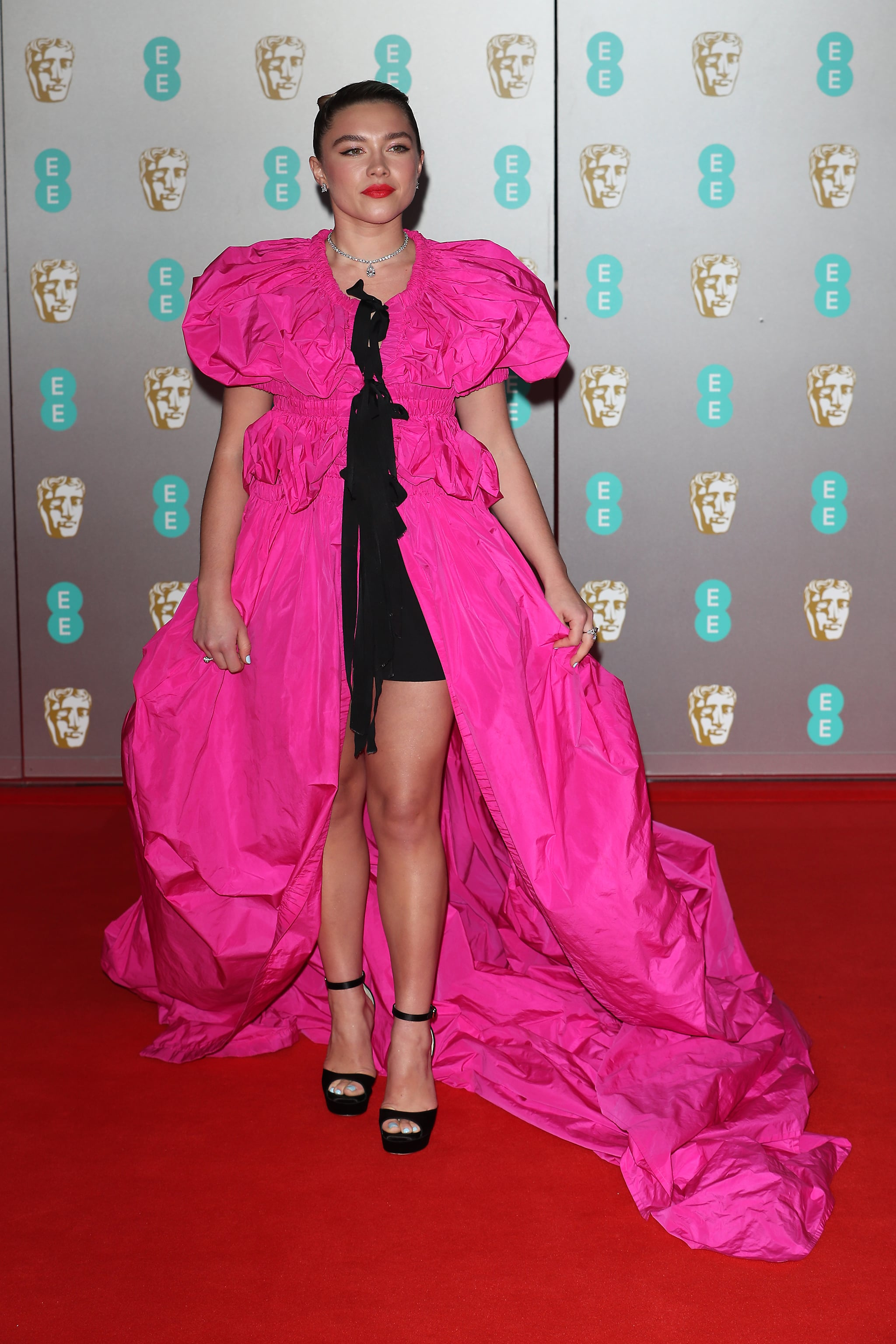 The Best Red Carpet Outfits At The 2020 Baftas Popsugar Fashion