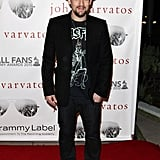 Joel Madden has his own rock 'n' roll thing going. He loves dark colors, fedoras, and sneakers. Right on.