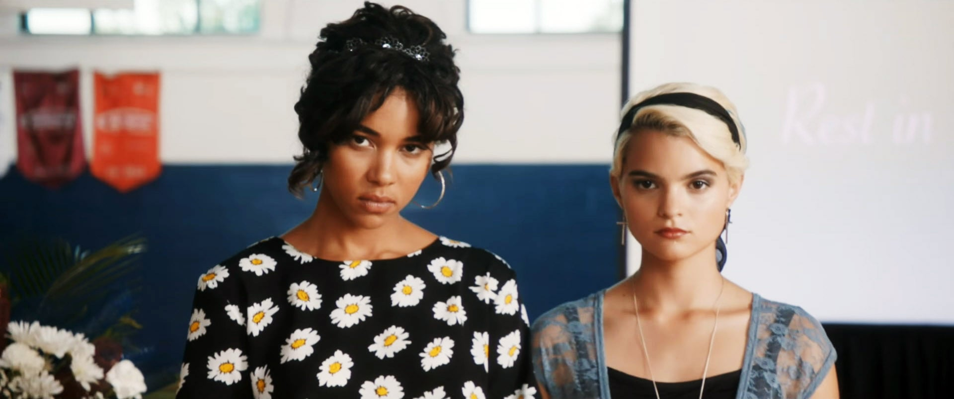 TRAGEDY GIRLS, from left, Alexandra Shipp, Brianna Hildebrand, 2017. Gunpowder & Sky/courtesy Everett Collection