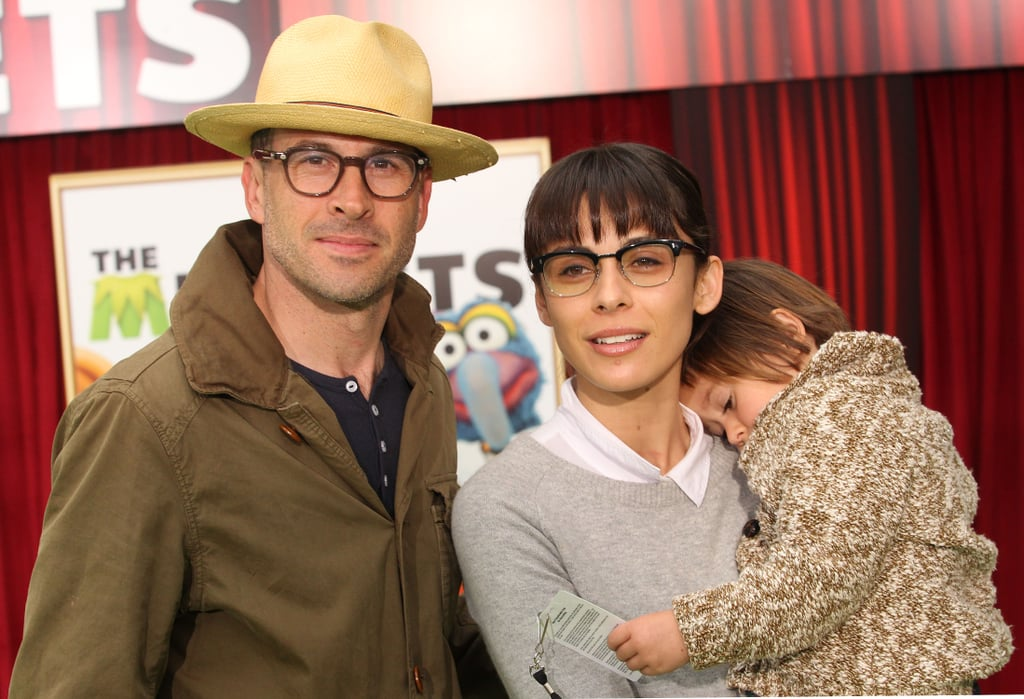 Jason Lee brought his family out for the screening.