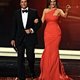 Rob Lowe and Sofia Vergara walked arm-in-arm at the 2011 Emmy Awards.