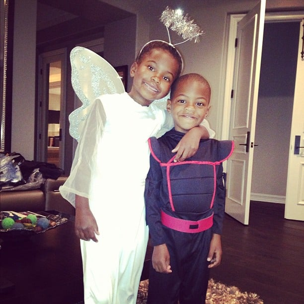 kevin hart shared a photo of his little halloween angels source instagram user kevinhart4real