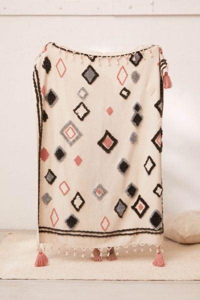 Diamond Tufted Throw Blanket