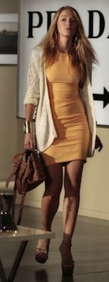 Blake Lively as Serena van der Woodsen in Yigal Azrouel Dress With Mulberry Bag