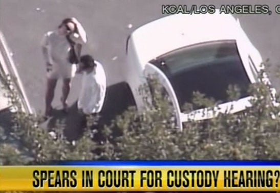 Britney Arrives At Court When She Feels Like It...And Leaves