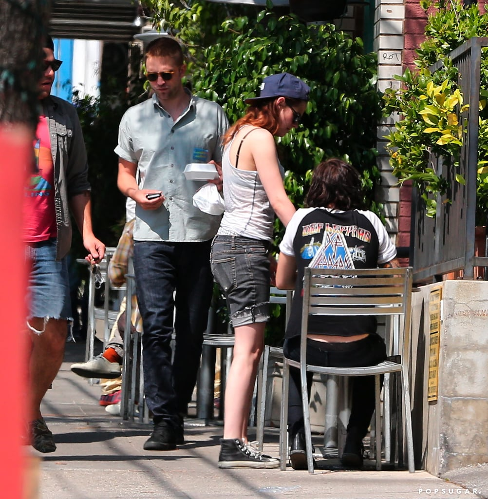 kristen stewart robert pattinson started dating Robert pattinson and kristen stewart dated from june, 2009 to may, 2013 they had a child named l l on screen matchups robert pattinson and kristen stewart were in.