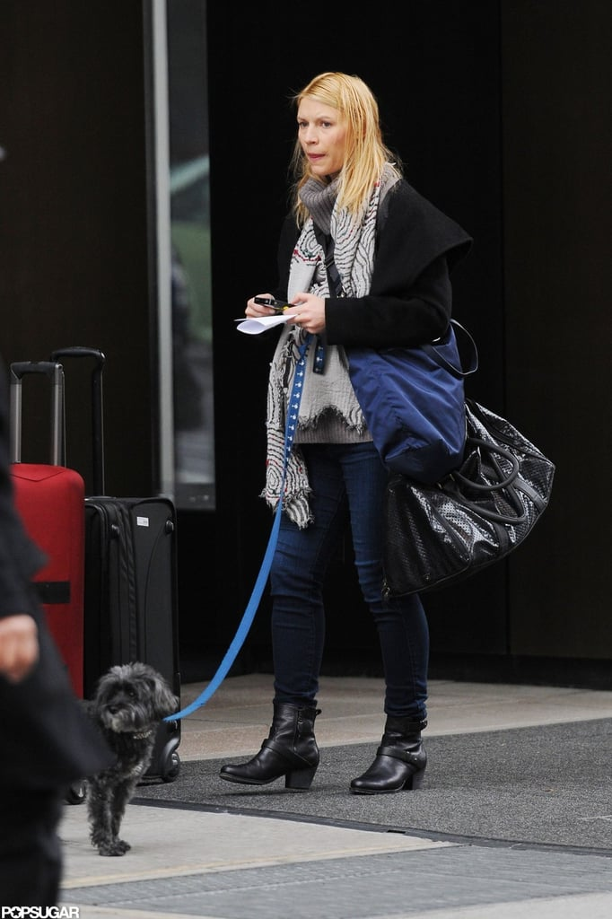 Claire Danes bundled up to take her dog for a walk around NYC yesterday. Her baby bump was covered in layers, but she has been showing it in recent months. Claire debuted her belly in a yellow gown on the red carpet at the Emmys in September, and just this week she was spotted dining at Crown on the Upper East Side. Claire's pregnancy has been well-hidden on the small screen, though, during the second season of her Showtime hit, Homeland. The series is heating up with the storyline between Claire's character and her costar Damian Lewis's becoming even more complicated. There are still plenty of episodes to go, and since Homeland has also been renewed for a third season, we can expect the drama to continue.
