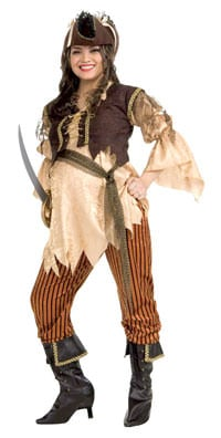 mama-to-be pirate costume