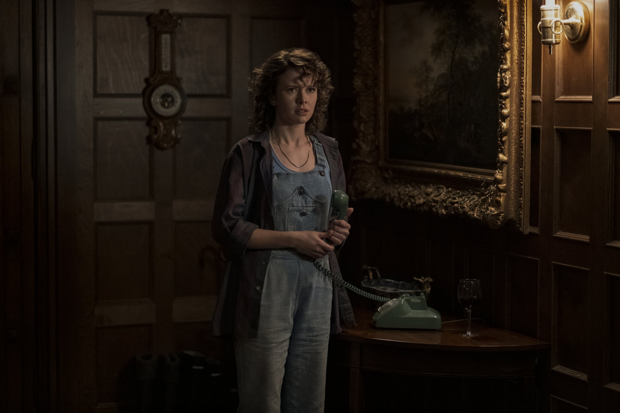 Movies Tv Music We Finally Got A Look At The Haunting Of Bly Manor And Our Skin Is Already Crawling Popsugar Entertainment Photo 7