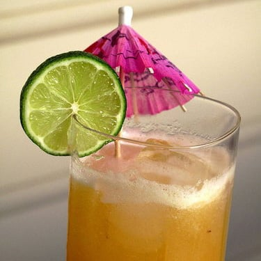 Easy, Healthy Tropical Cocktail Recipe