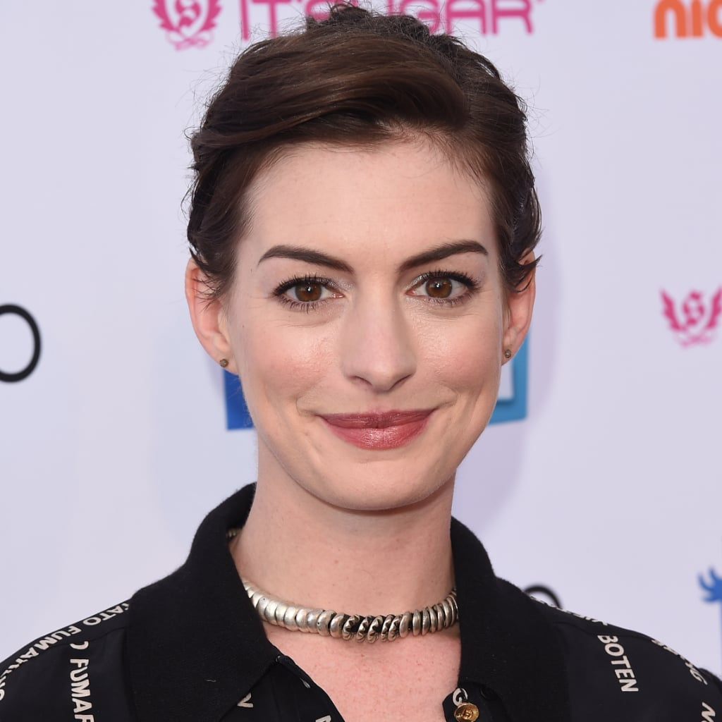 Anne Hathaway Best Pixie Hairstyles Popsugar Beauty