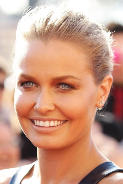 2010 Aria Awards The Best And Worst Beauty Looks From
