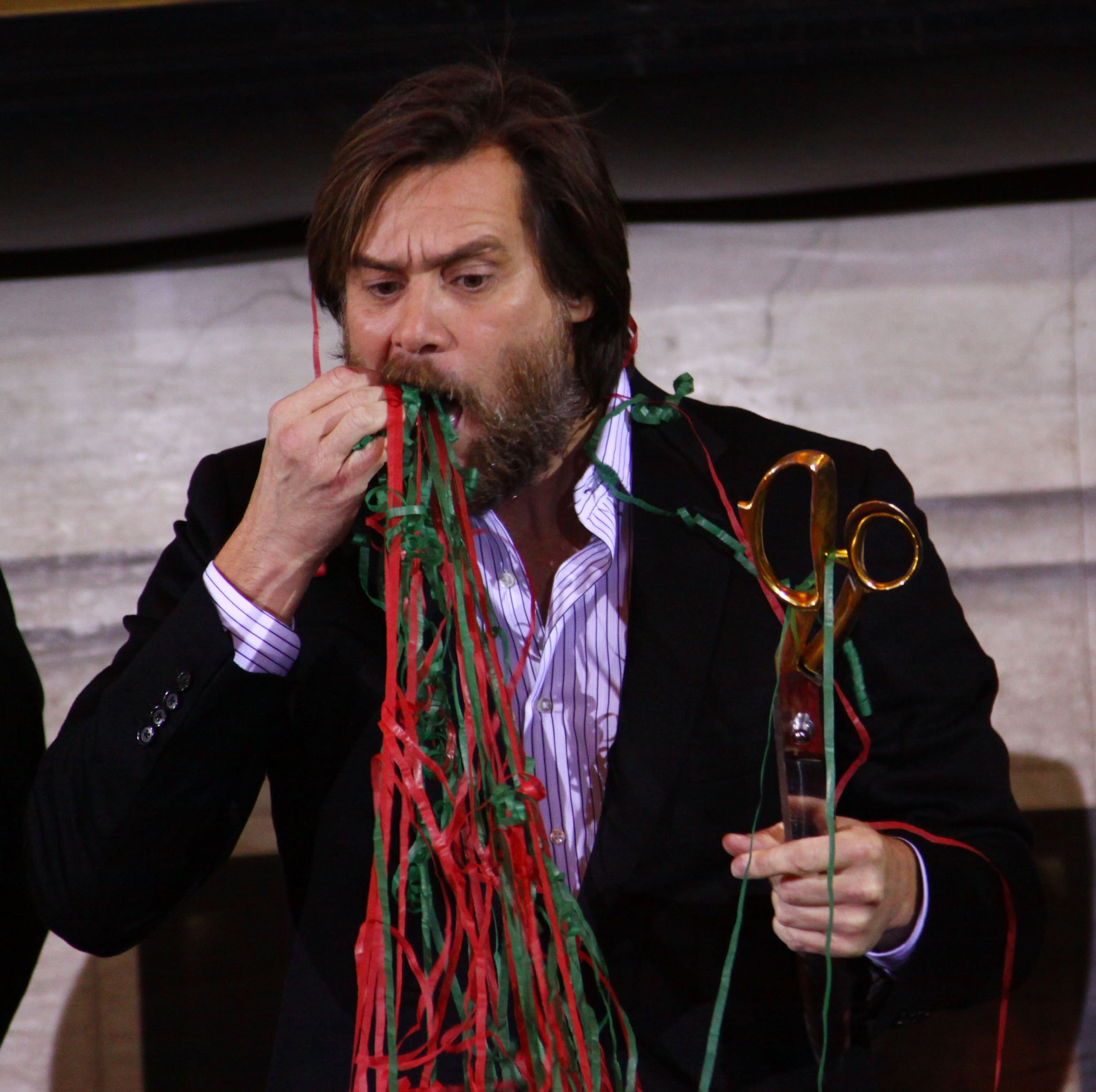 Photos of Jim Carrey and Jenny McCarthy in NYC for A Christmas Carol 2009-11-01 07:00:00 ...