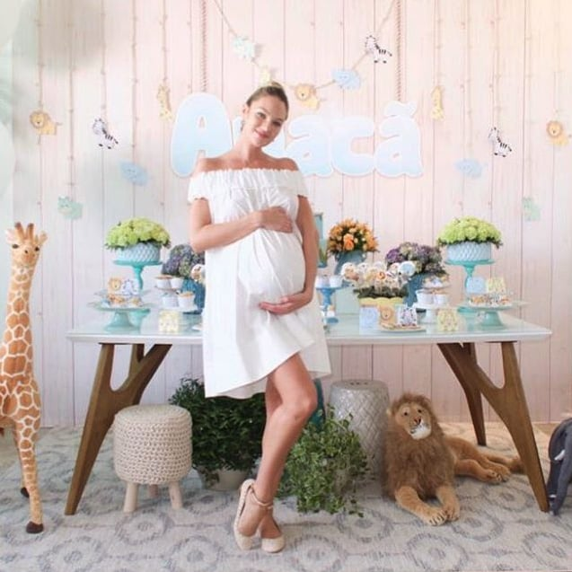 7d2d79bd633 Candice Swanepoel s Baby Shower Dress