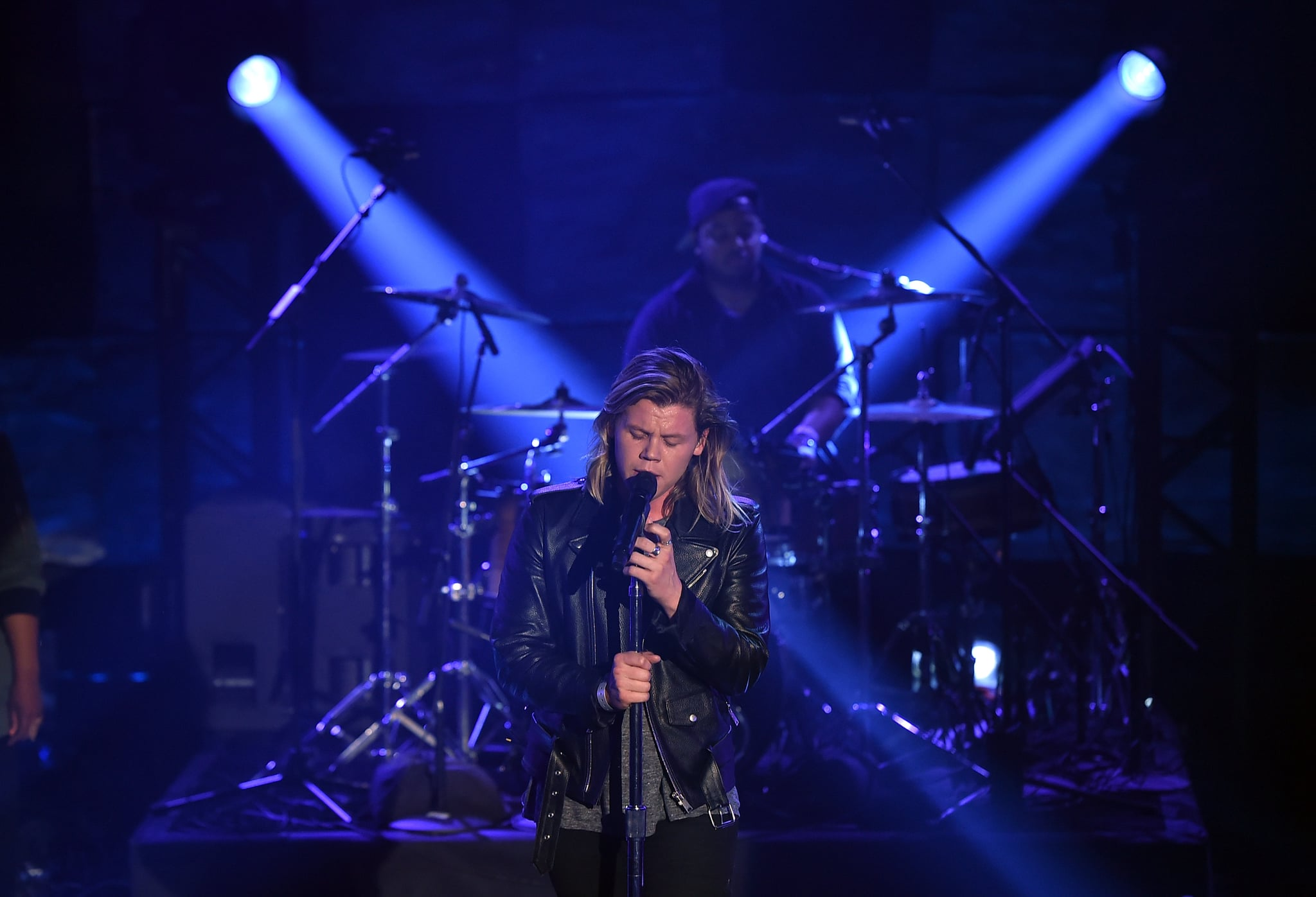 BURBANK, CALIFORNIA - MARCH 29:  Singer Conrad Sewell performs on the Honda Stage at the iHeartRadio Theater on March 29, 2016 in Burbank, California.  (Photo by Kevin Winter/Getty Images for iHeartMedia)