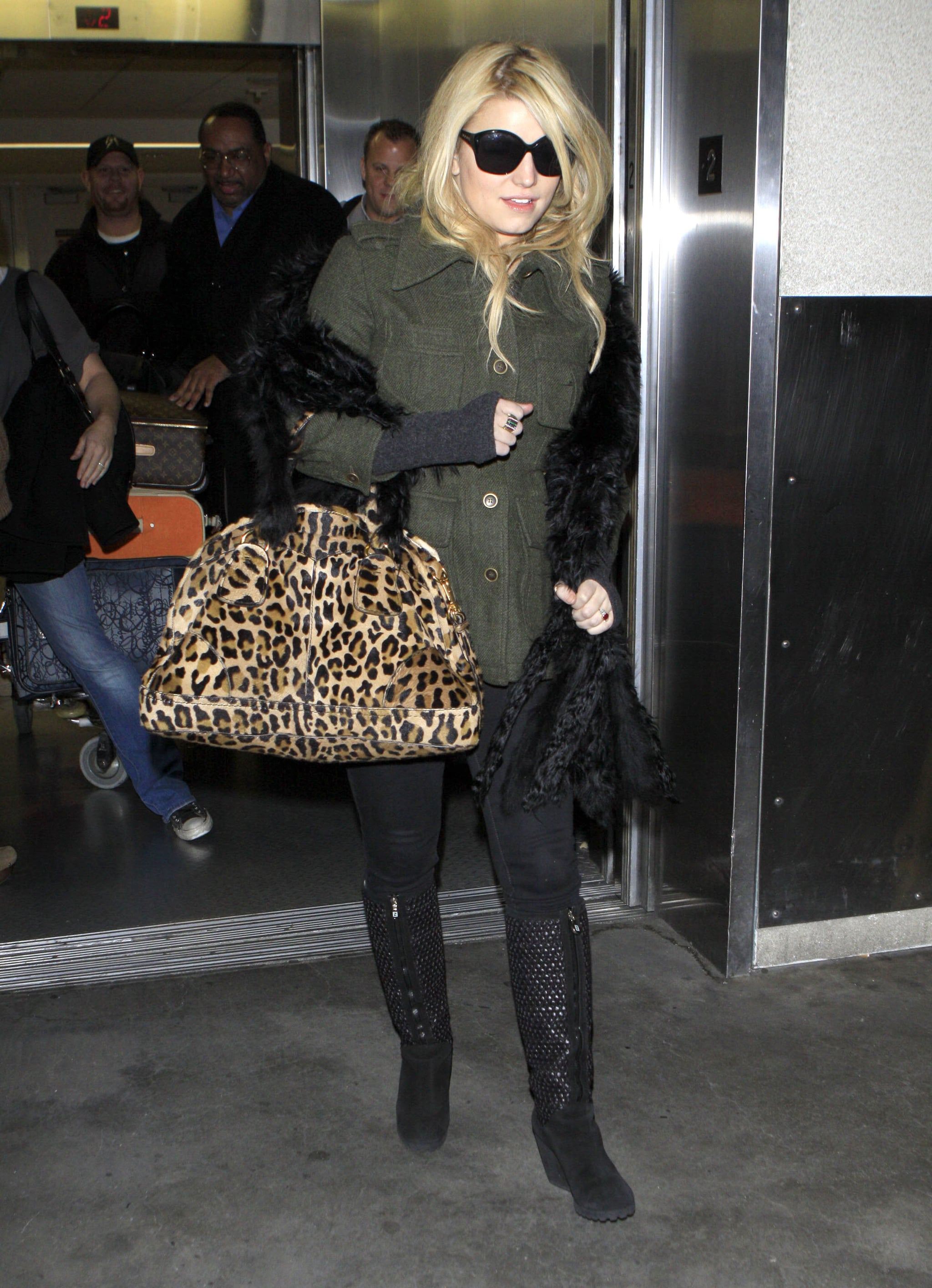 Jessica Simpson Says Farewell to the Big Apple For Now