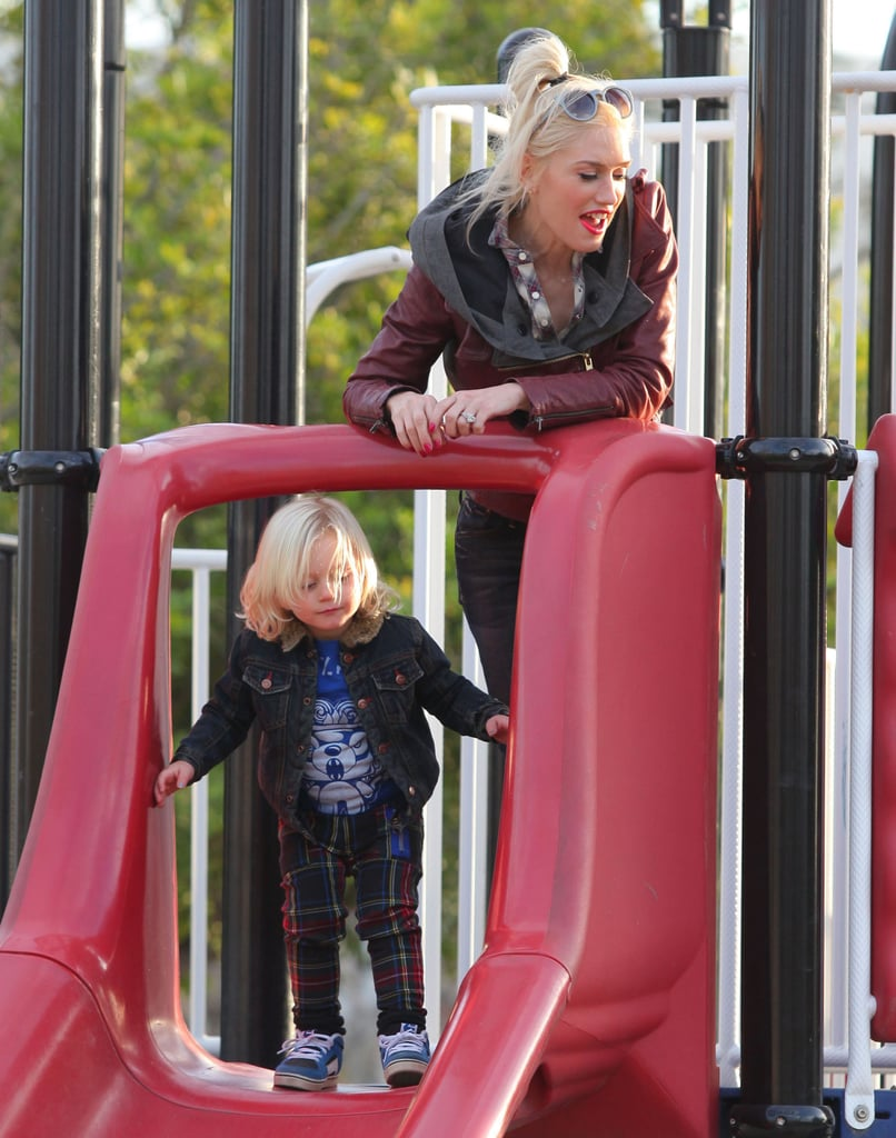 Gwen Stefani helped Zuma Rossdale navigate the slide.