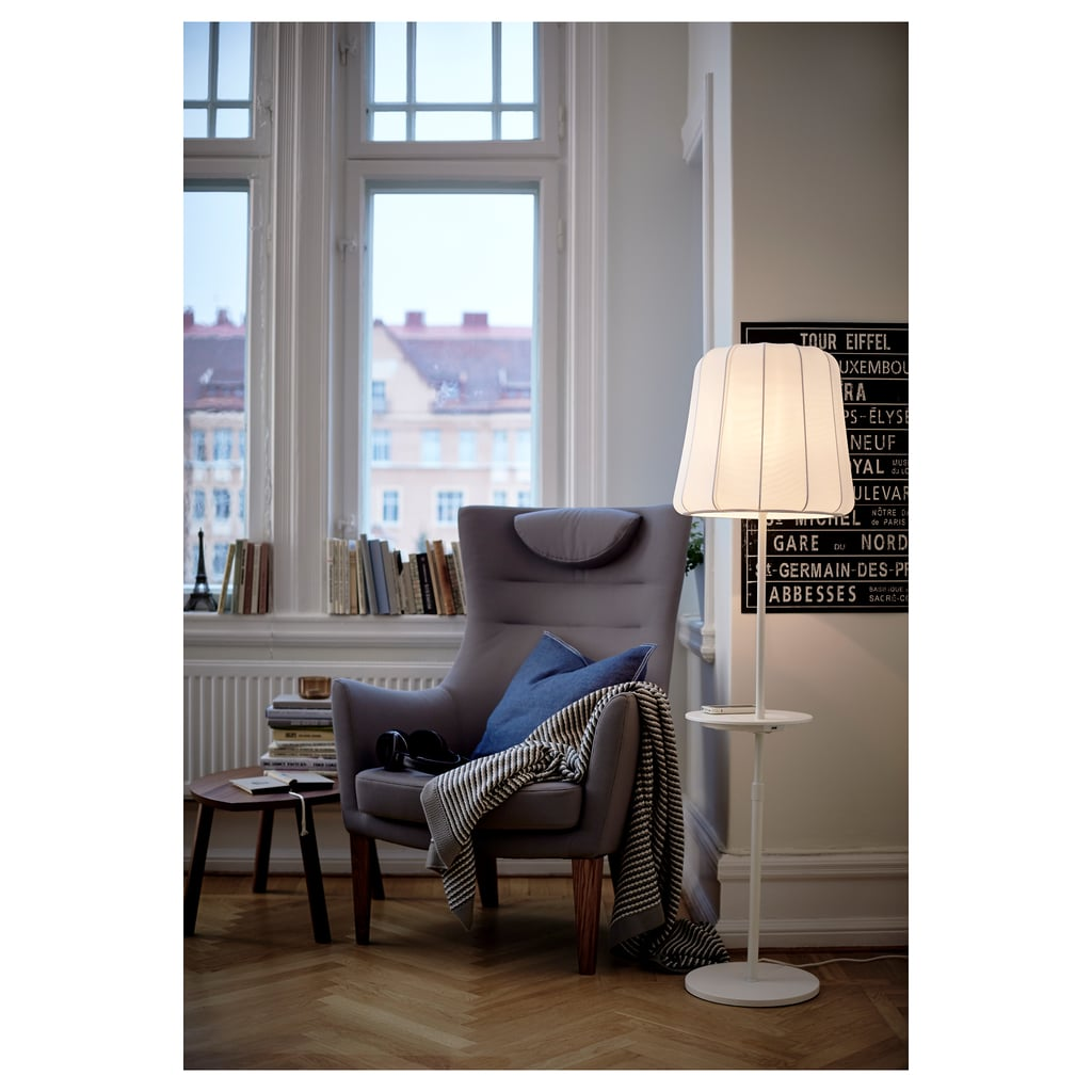 Floor Lamp With Wireless Charging