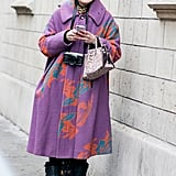 The most beautiful patterned coat requires nothing else.
