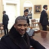 Usher sat at the president's desk in the Oval Office. Source: Instagram user howuseeit