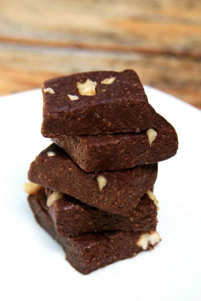Low-Calorie No-Bake Brownies