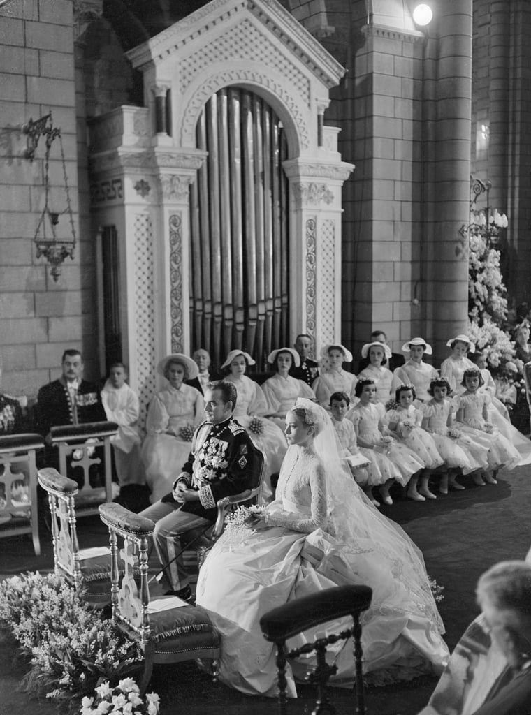 Grace Kelly's Iconic Wedding Dress Looked Straight Out of a Romantic Fairy Tale