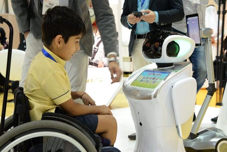 robots assisting teachers at autism schools in uae