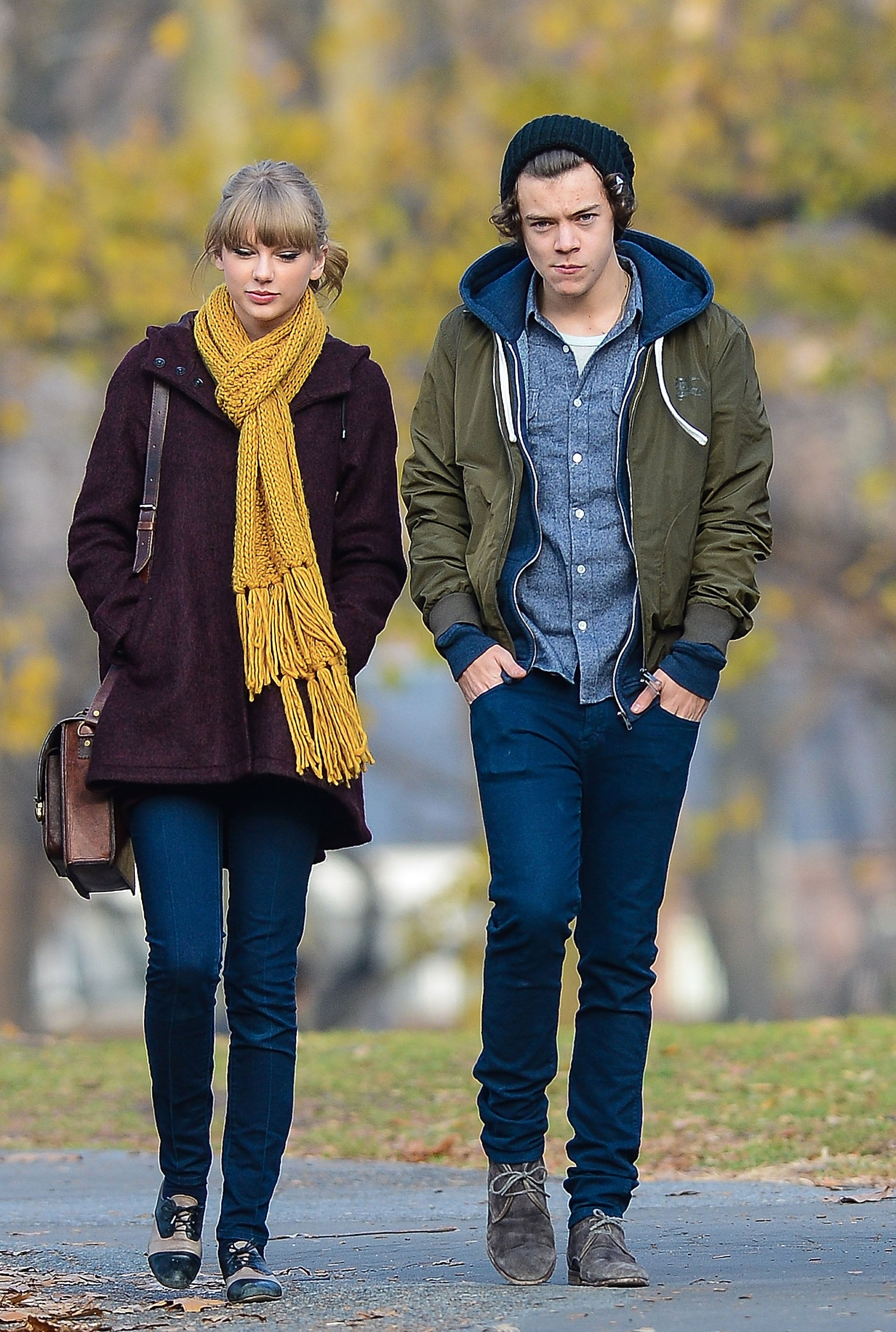 NEW YORK, NY - DECEMBER 02: Taylor Swift and Harry Styles are seen walking around Central Park on December 02, 2012 in New York City.  (Photo by David Krieger/Bauer-Griffin/GC Images)