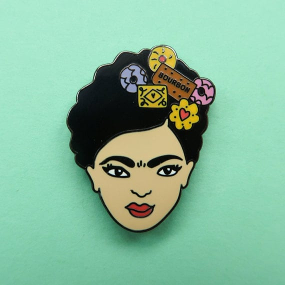 Biscuit Frida Pin