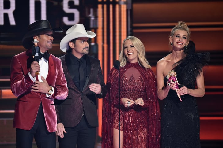 Faith hill and tim mcgraw at the 2017 cma awards for Do tim mcgraw and faith hill have kids
