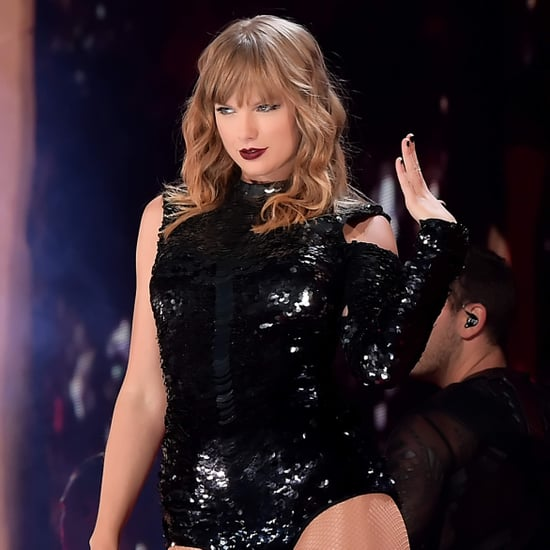 """Taylor Swift Singing """"Gorgeous"""" to Joe Alwyn at Concert 2018"""