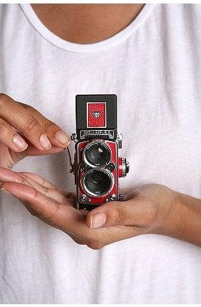 Rolleiflex Mini Digital Camera: Love It or Leave It?