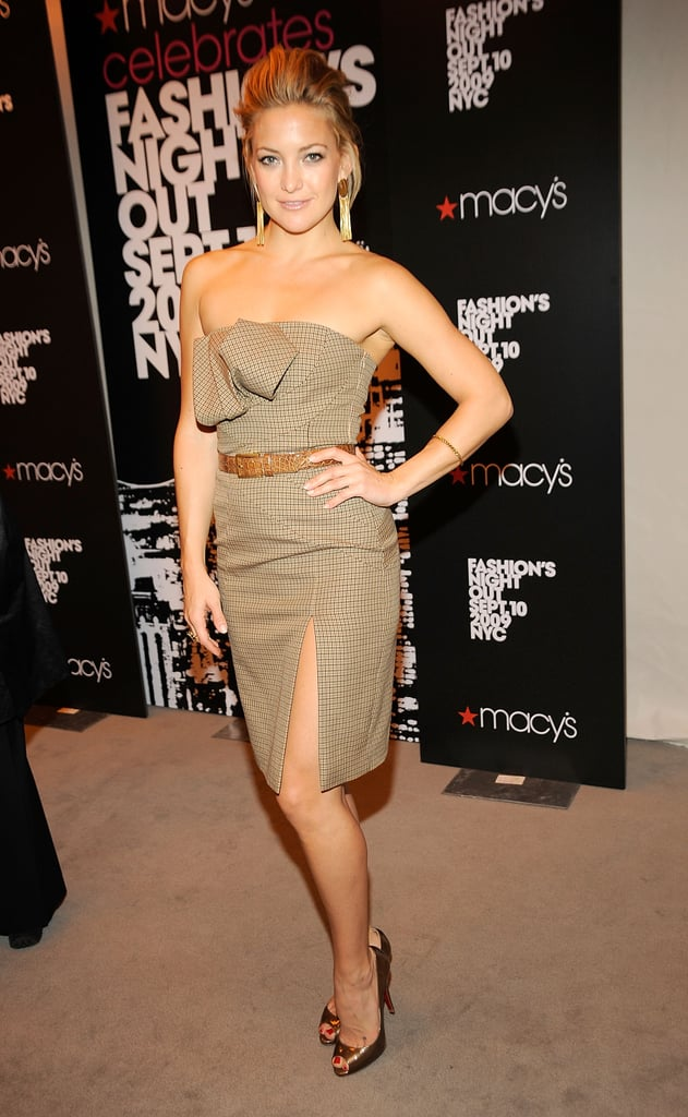 Kate Hudson wore a strapless plaid Michael Kors dress for a Macy's event during FNO in 2009.
