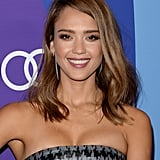 Jessica Alba paired her new, lighter locks with loose wave and loads of lashes.