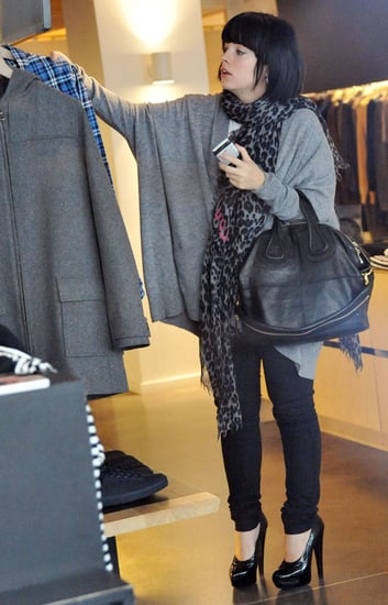Pictures of Pregnant Lily Allen Shopping in Paris