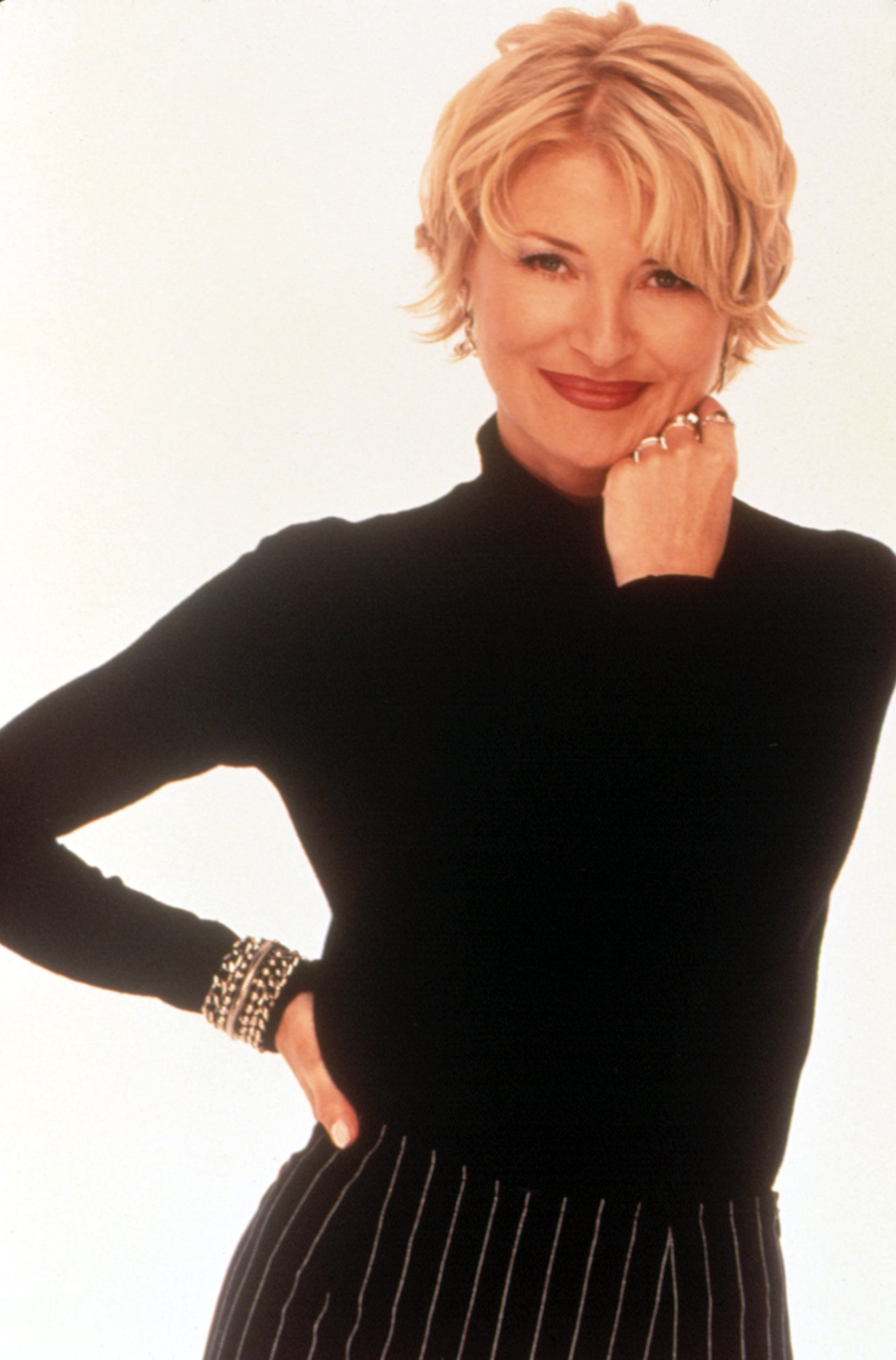 SABRINA THE TEENAGE WITCH, Beth Broderick, 1996-2003, (c)Viacom Productions Inc./courtesy Everett Collection