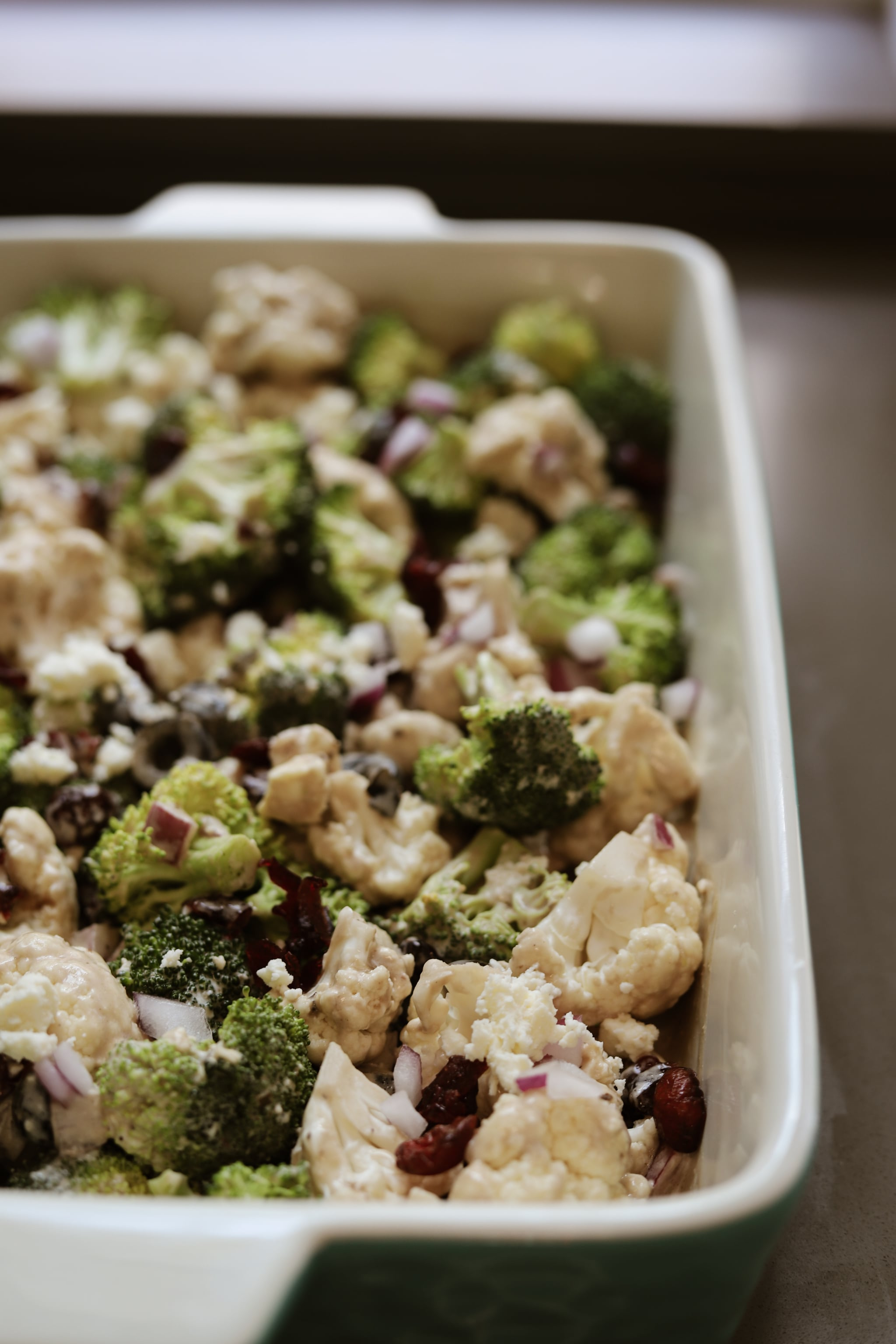5 Minutes Is All You Need to Make This Delicious Broccoli and Cauliflower Salad