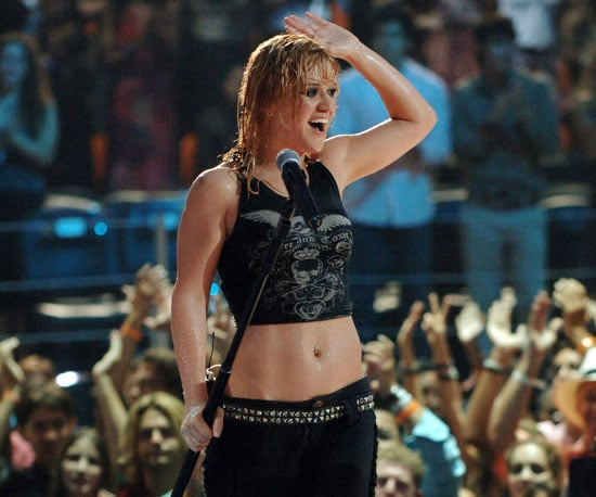 "Kelly Clarkson wowed with a wet and wild rendition of ""Since U Been Gone"" in 2005."