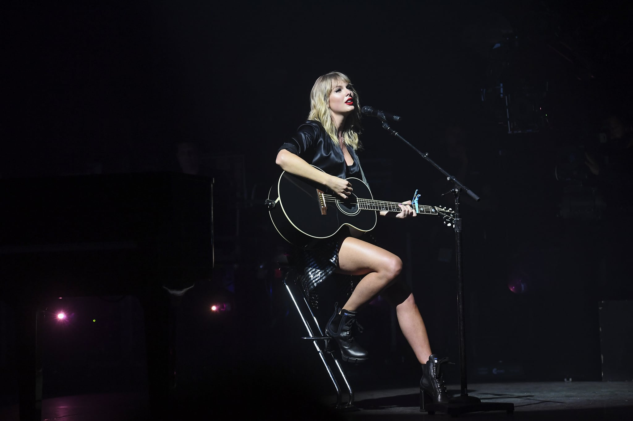 PARIS, FRANCE - SEPTEMBER 09: (EDITORS NOTE: Image approved by Artist) Taylor Swift performs during the