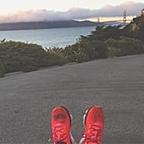 ·         اليوم السادس: قوموا بالجري. لقد تمّ إثبات فاعلية التمارين الرياضية، وخاصّة الركض والجري، حيث تُسهم في راحتكم النفسية. ·         اليوم السابع: طمئنوا أنفسكم بعبارات إيجابية. إن استخدام إحدى هذه العبارات وتذكير أنفسكم بها عندما تشعرون بالتوتّر قد يساعدكم على الشعور بالطمأنينة. إليكم بعض العبارات المطمئنة الفعّالة التي يمكنكم استخدامها. ·         اليوم الثامن: أخرجوا ما بداخلكم. إنَّ كبح القلق قد يزيد الأمر سوءاً عند بعض الناس. عندما تشعرون بالقلق، حاولوا إخراج ما بداخلكم؛ قوموا بِلكم أحد المخدّات أو قوموا بالصراخ. ·         اليوم التاسع: اكتبوا في دفتر ملاحظاتكم اليومية. عندما تشعرون بالتوتّر قوموا بكتابة كلّ ما تشعرون به. وليس عليكم أن تحتفظوا بما كتبتموه عندما تنتهون، كلّ ما عليكم فعله هو تحويل تلك المشاعر إلى كلمات. ·         اليوم العاشر: قوموا بحلّ الكلمات المتقاطعة. لقد أظهرت التجارب أن الألعاب التي تتطلّب جهداً عقلياً وتركيزيمكنها أن تساعد الأشخاص في التخلص من القلق.