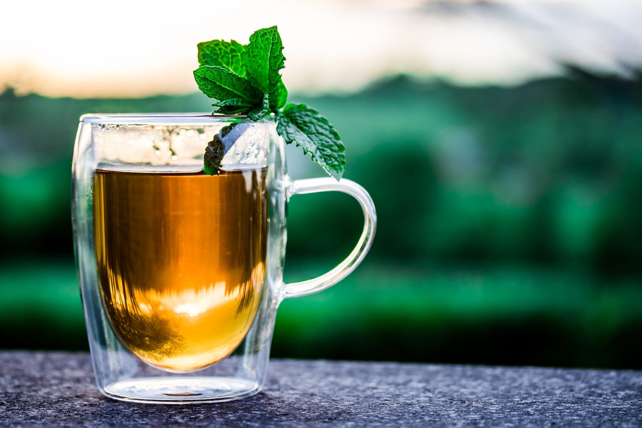 Pexels / https://pixabay.com/en/teacup-cup-of-tea-tee-drink-hot-2325722/