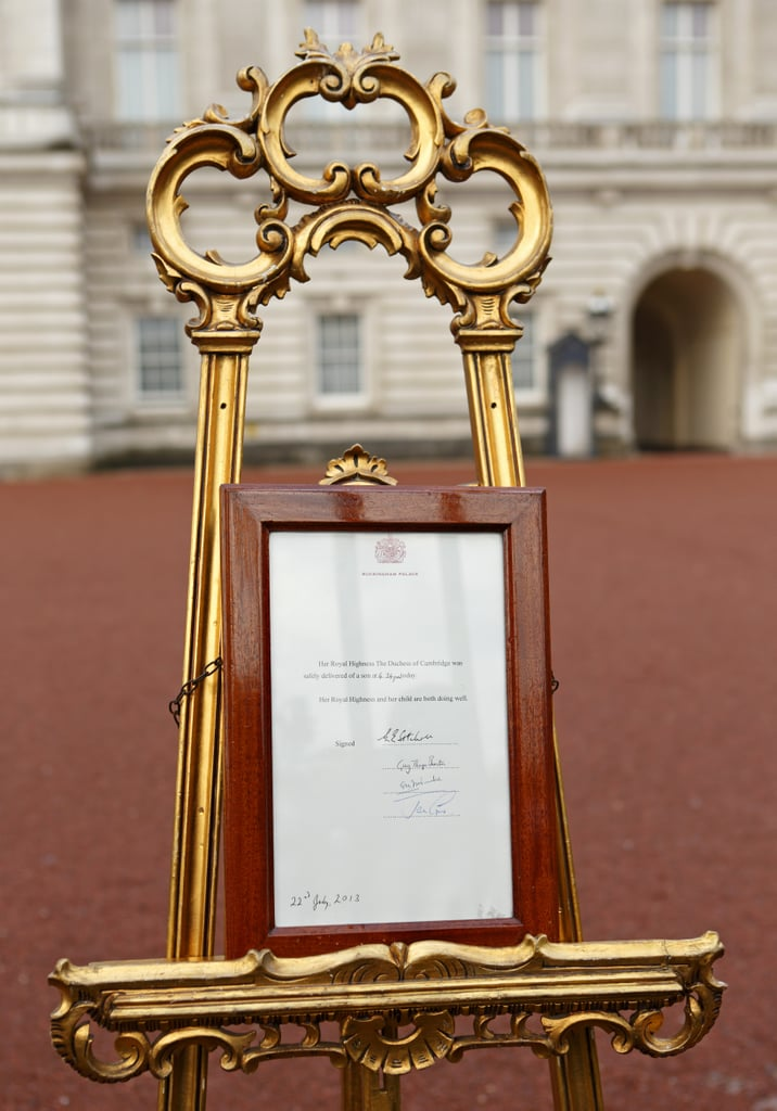 Births Are Announced on an Easel Outside of Buckingham Palace