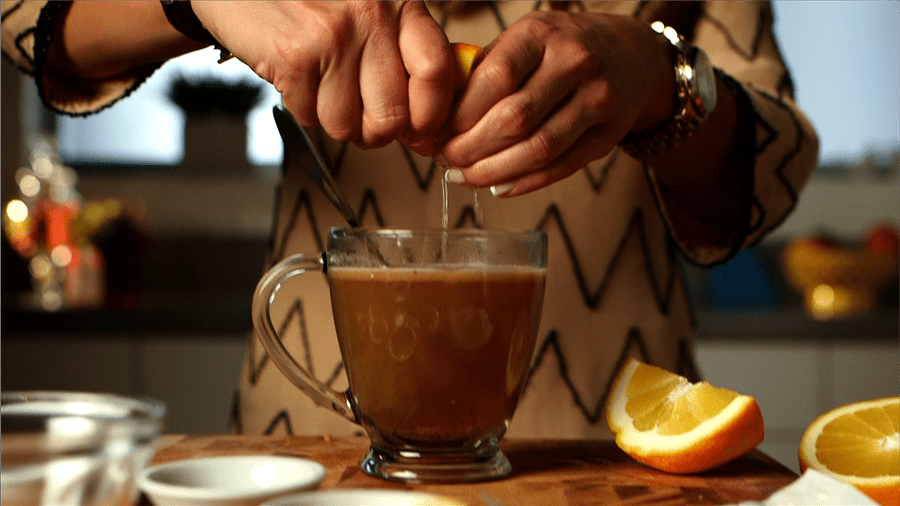 Buttered Rum: Cozy Up to This Buttery Winter Cocktail!