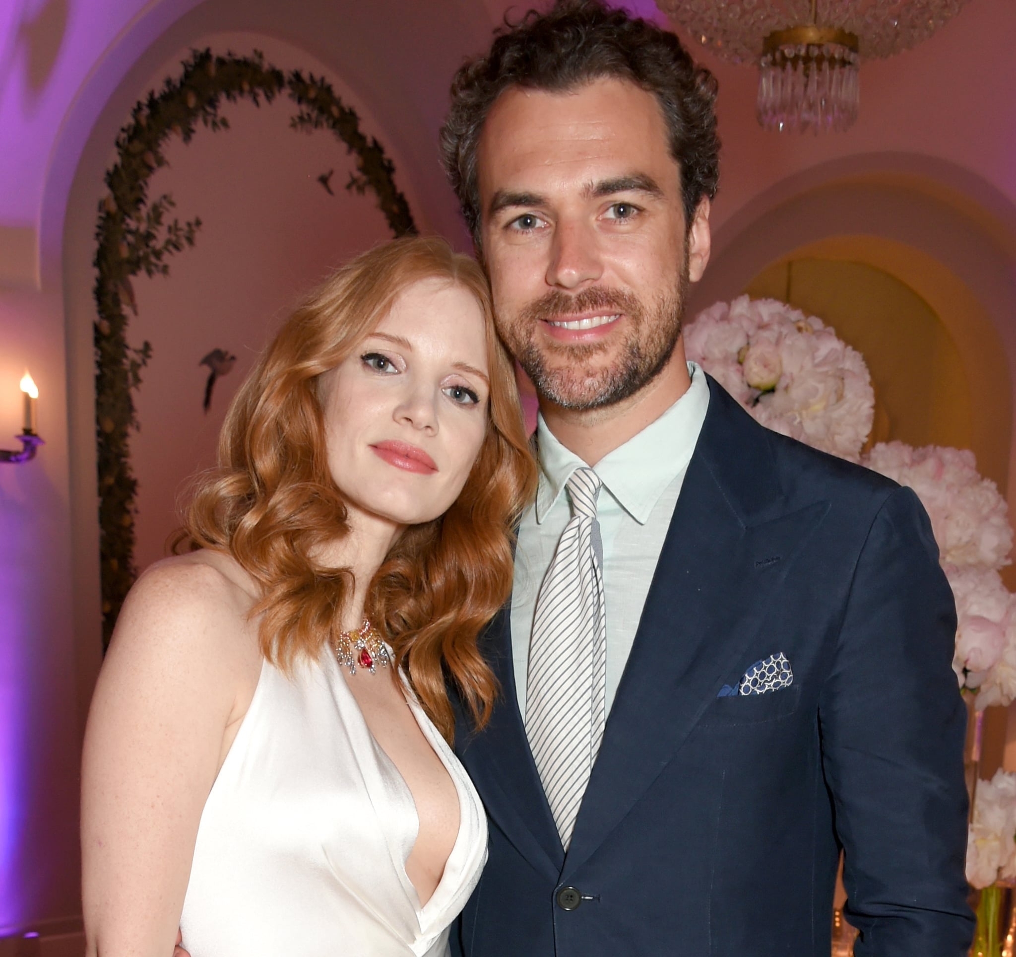 Anne Hathaway Engaged Celebrity Save The Dateanne: Jessica Chastain Marries Gian Luca Passi De Preposulo